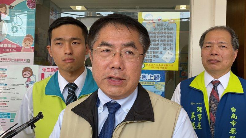 台南市長黃偉哲要求市府民政局向最近要舉辦活動的宗教團體溝通,應有延期的備案。記者鄭維真/攝影