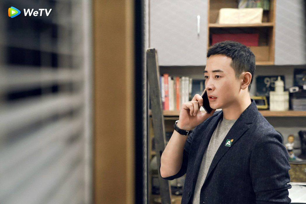 羅晉在「安家」戲中飾演佛系店長。圖/WeTV提供