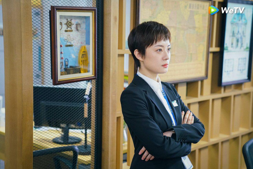 孫儷在「安家」霸氣全開,收服問題員工。圖/WeTV提供