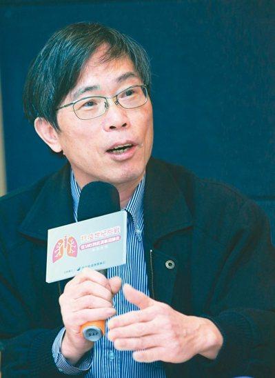 林口長庚醫院兒童感染科教授黃玉成表示,大型集會是傳染病溫床。 記者潘俊宏/攝影