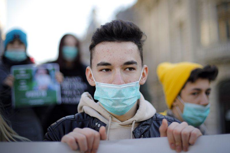 東歐國家羅馬尼亞傳出新冠肺炎首例。圖/法新社
