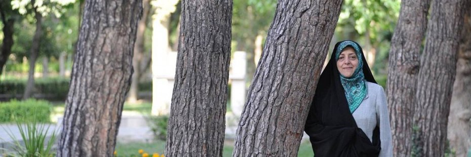 59歲的伊朗副總統瑪蘇梅•艾布特卡。圖翻攝自推特