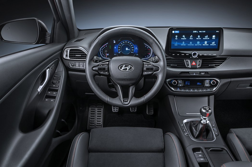 小改款Hyundai i30 Fastback將於今年夏季提供手機無線連接And...