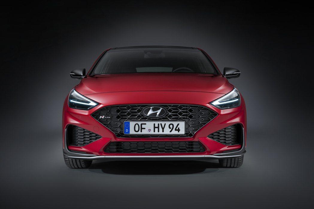 小改款Hyundai i30 若無意外,理應會參與2020日內瓦車展。 摘自Hy...