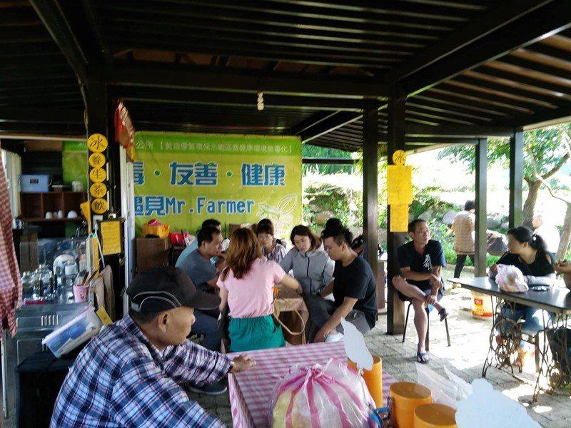 三芝八連溪農夫市集是社區假日限定活動。圖/新北市農業局提供