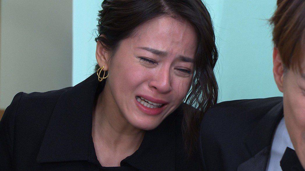 蘇晏霈飾演思思,轉換心情讓她也淚崩了。圖/民視提供