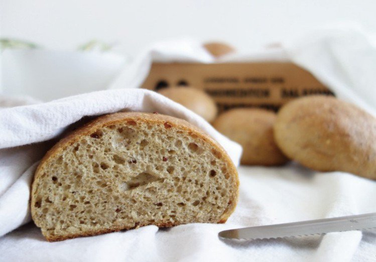 低碳無糖高纖維生酮麵包,原價90元、蝦皮購物活動價50元。圖/蝦皮購物提供