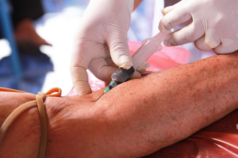 長期貧血,血管太扁,將增加抽血難度。 圖/123RF