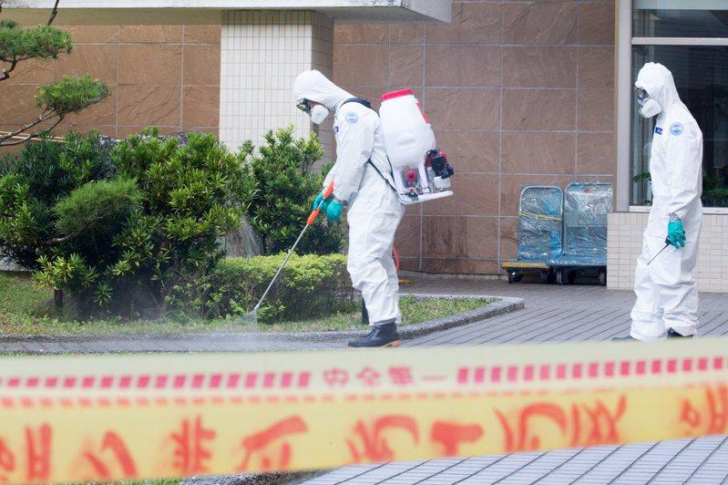 北巿38歲女子過世前曾發燒,台北地檢署昨天解剖及採檢送驗是否罹患新冠肺炎。圖/歐新社