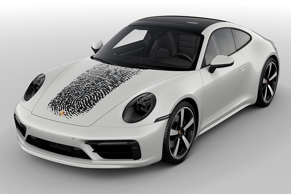 指紋也能成為車身彩貼!保時捷專屬客製新技術