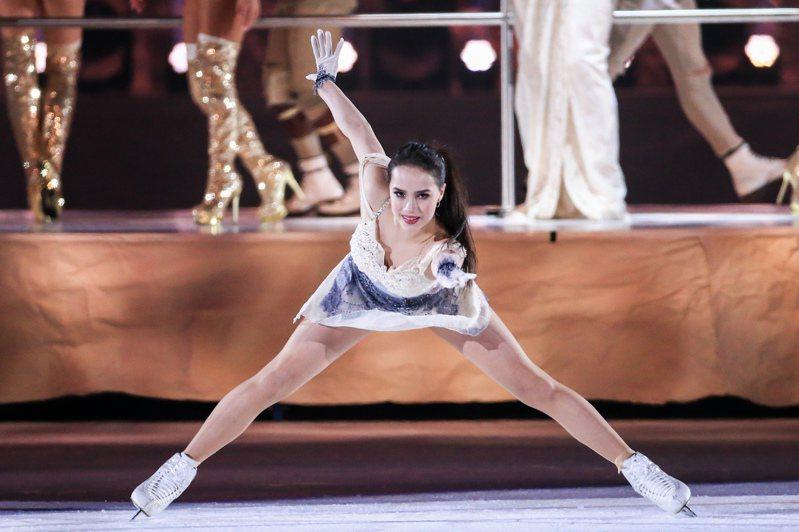 平昌冬季奧運單人花式滑冰冠軍阿麗娜•扎吉托娃,4月來台演出「Art on Ice 歌舞冰上」。記者林伯東/攝影