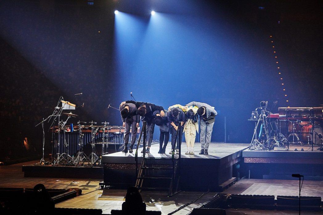 蘇打綠日前在吳青峰「太空備忘記2020」台北小巨蛋演唱會上合體並獻唱新歌。圖/環...