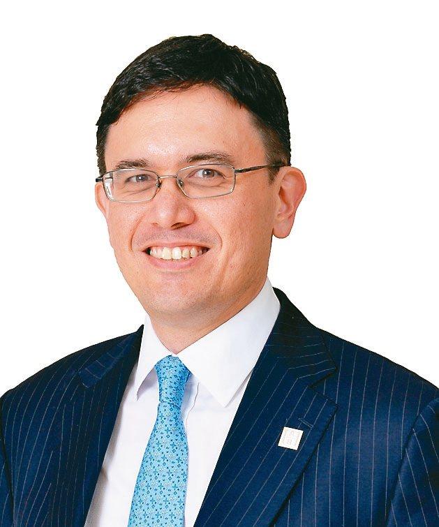 聯博集團資深股票投資策略分析師David Wong。圖/聯博提供