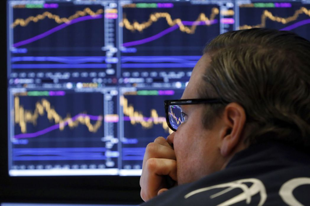 美股三大指數一周來跌勢之慘,是2008年金融海嘯以來僅見。美聯社