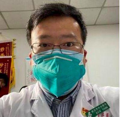 大陸最早公開新冠肺炎疫情的李文亮醫師,2月7日過世,台灣網友紛紛上網追悼。 (新...
