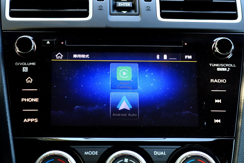 7.0吋LCD智慧影音多點觸控螢幕,支援智慧型手機Apple Car Play/...