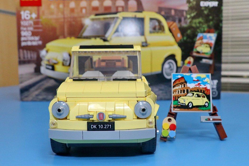 作為義大利最經典的國民車款,FIAT 500車頭四盞可愛小圓燈是招牌設計。 記者...