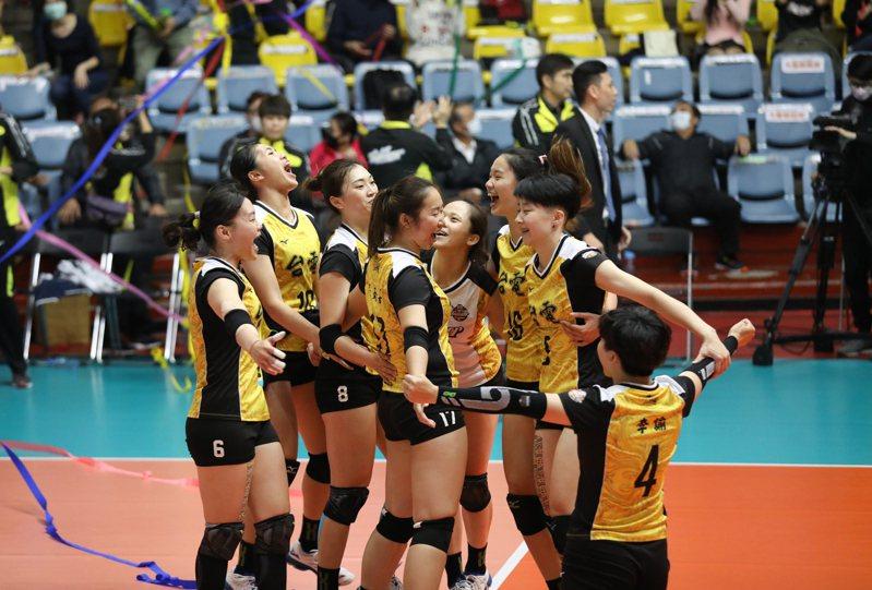 台電女排挑戰賽4連霸、隊史第8冠。圖/中華排球協會提供
