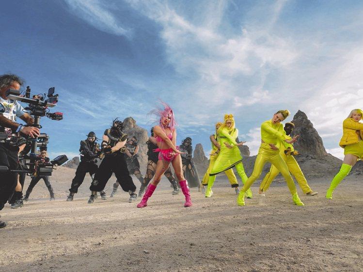 Lady Gaga選擇以iPhone 11 Pro拍攝全新單曲《Stupid l...