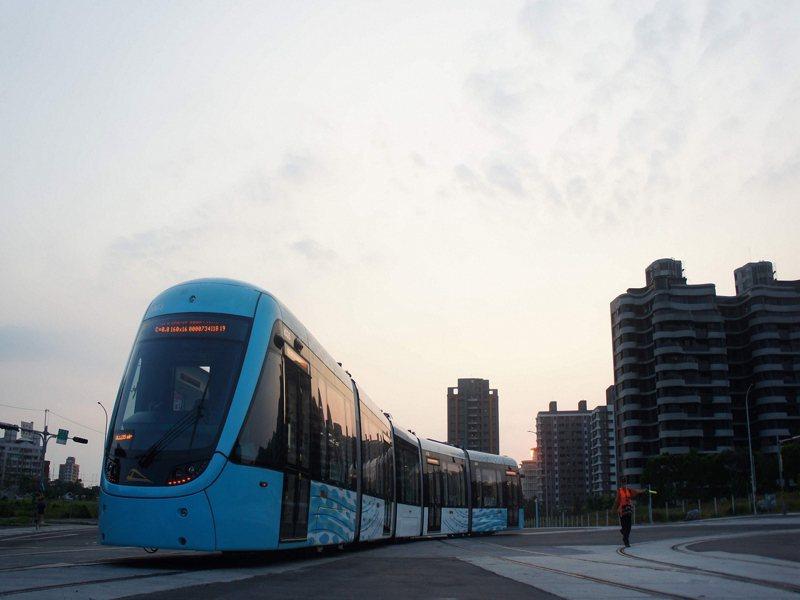 新北市淡海輕軌延長行動支付免費搭乘優惠到5月31日。圖/新北捷運公司提供
