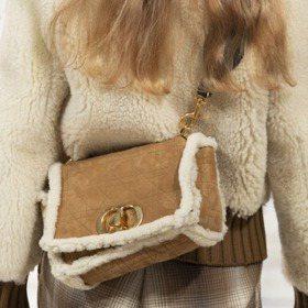 2020秋冬巴黎時裝週|Dior全新復古手提包亮相、聖羅蘭漆皮長靴太生火...最HOT亮點配件都在這