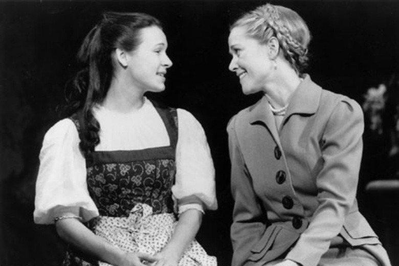 1998年百老匯新版的《真善美》,露克飾演主角瑪莉亞。 圖/取自Rebecca Lucker官網