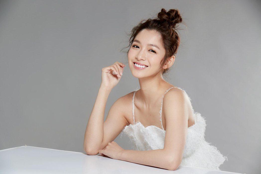 劉倩妏近期做了眼睛雷射手術。圖/伊林娛樂提供