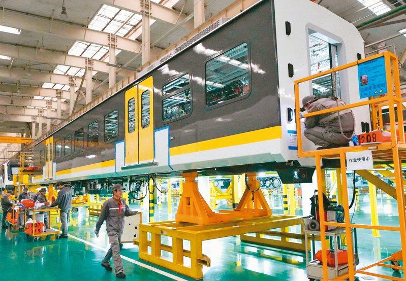OECD警告,中國大陸企業與工廠全面關閉效應,將衝擊全球經濟成長率。(新華社)