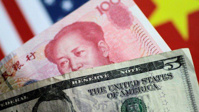 人民幣這兩周的止貶回升主要是疫情擴散到歐美以及美元拉回的影響。 路透