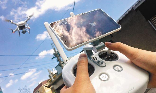 遙控無人機管理規則月底上路。 報系資料照