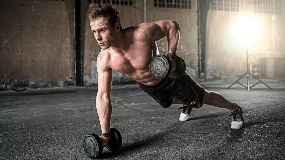 提高基礎代謝率的根本原則是運動,運動能夠減脂,才能真的有效提高代謝率。 圖/pi...