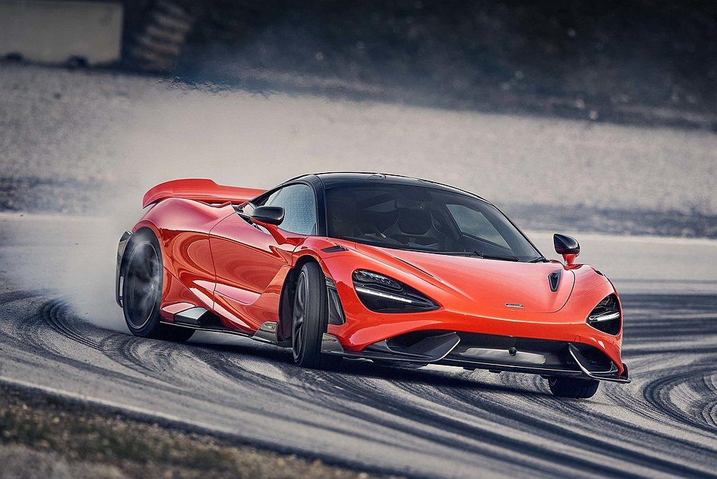 原定日內瓦車展首發,但改為線上發表的McLaren 765LT正式登場。 圖/M...