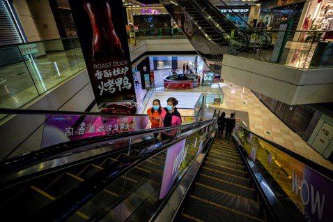 慘過金融海嘯:疫情重擊,中國製造業PMI暴跌