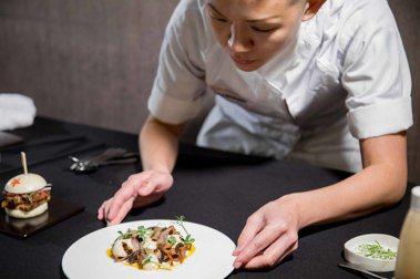 【女力綻放】亞洲最佳女主廚May Chow打造的摩登中菜