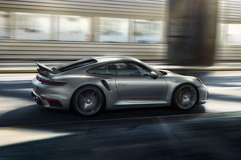 新世代保時捷911 Turbo S性能大幅提升,尤其反應在0-200 km/h加...