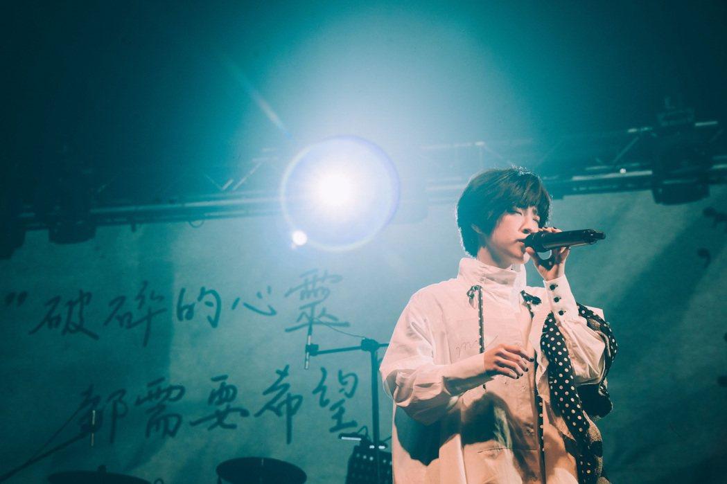小球力抗新冠肺炎,於上月28日舉辦生日音樂會。圖/環球唱片提供