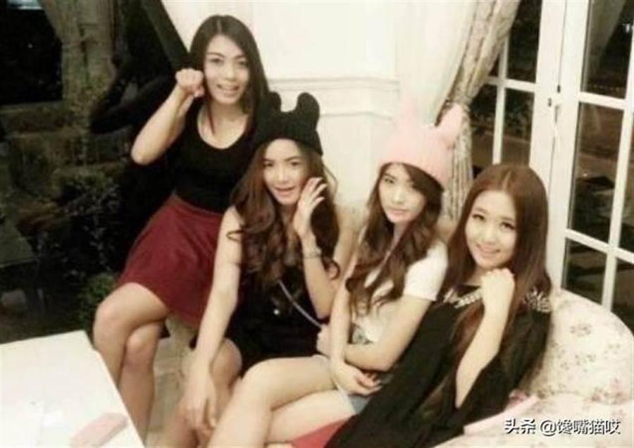 李連杰的4個女兒合影。圖/摘自微博