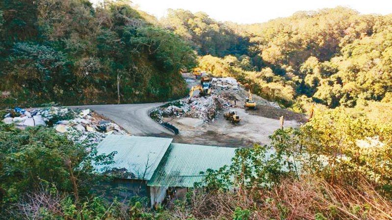 新竹市及苗栗焚化廠將歲修,竹縣垃圾拉警報,2個月將產出1.5萬噸垃圾,縣府籲民眾做好垃圾分類及減量。 圖/新竹縣府提供