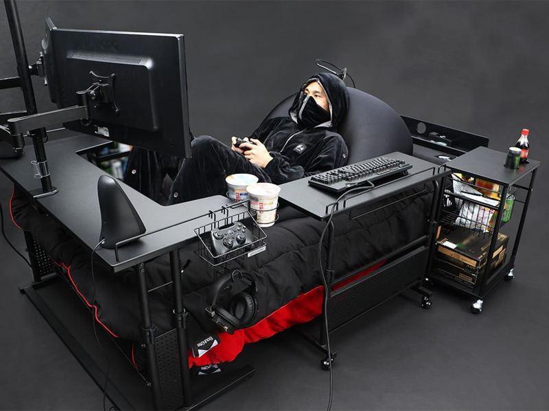 廢宅的極致!日本家具商打造豪華電競床,躺著坐著趴著任你玩