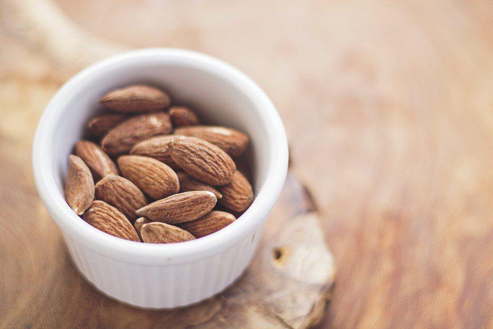 抗氧化的食物可對抗自由基,減少關節的發炎反應。 圖/pixabay