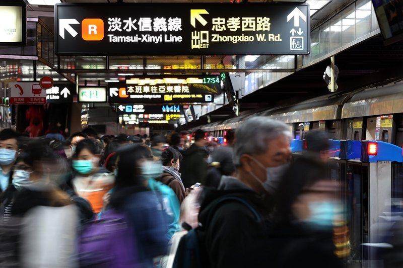 台灣的健保與醫療制度,立基在公平正義的許諾與民主的精神之上。 圖/聯合報系資料照