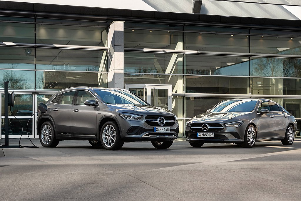 針對旗下NGCC都會小車,賓士新增插電式複合動力系統車型。 圖/Mercedes...