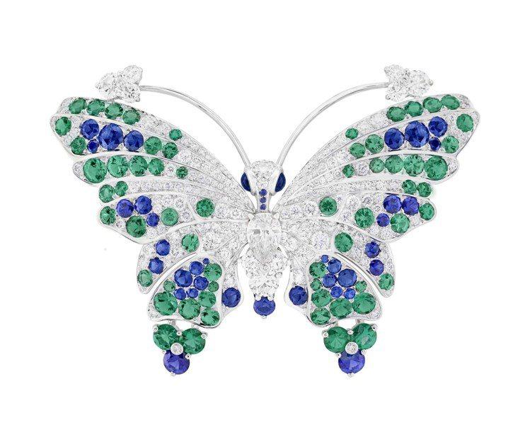 梵克雅寶當代高級珠寶作品Mélissa蝴蝶胸針,白K金鑲嵌藍寶石、祖母綠、鑽石。...