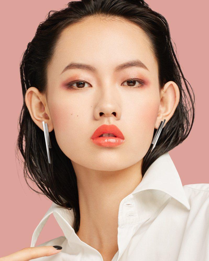 掌握三技巧,亞女狹長內雙特殊眼型也都能變大變美。圖/植村秀提供