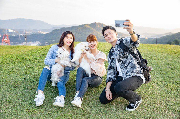 Samsung Galaxy S20旗艦系列今天(3月4日)舉辦線上發表會,邀請...