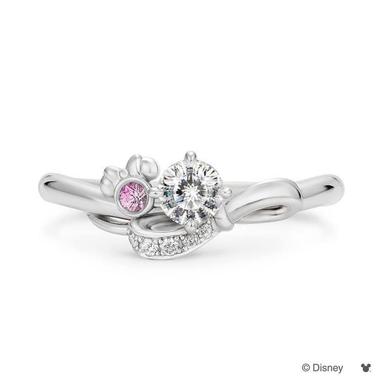 米奇鑽石SweeTrick Diamond專利技術可以看到鑽石內有米奇的圖案。圖...