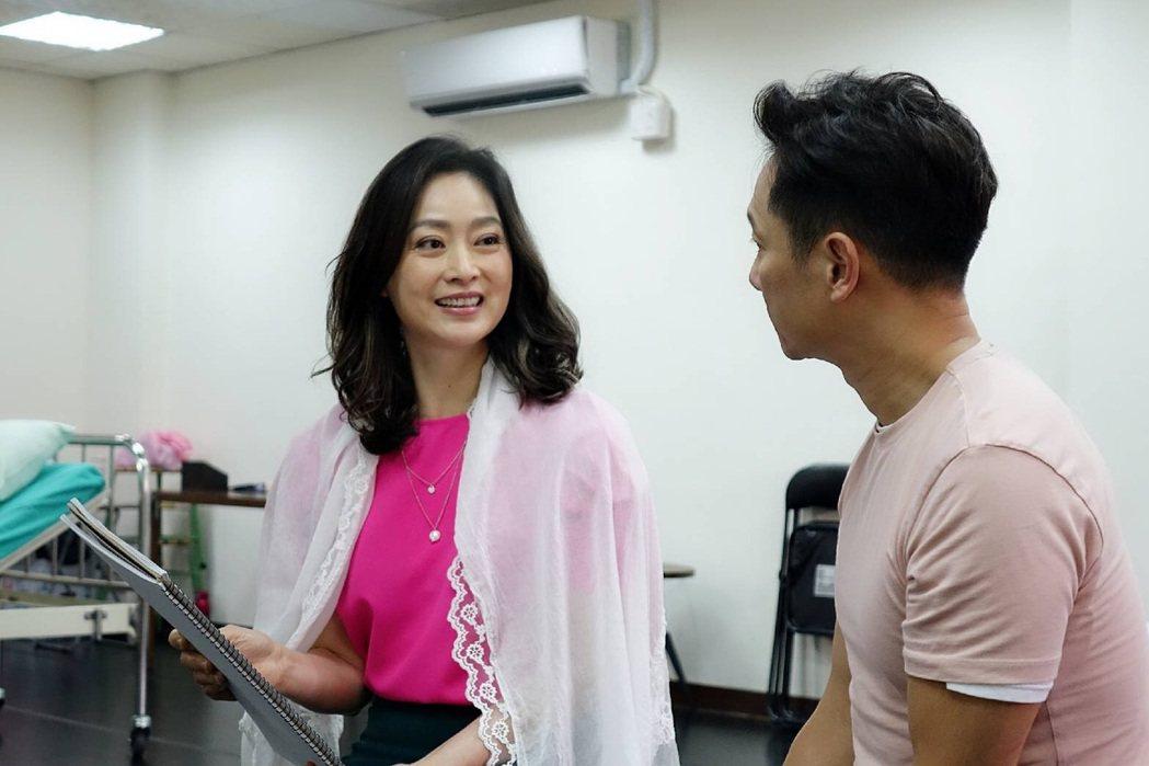 劉瑞琪和謝祖武排練舞台劇「最後一封情書」,每天都神采奕奕。圖/九玖經紀工作室提供