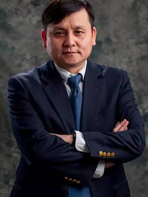 上海華山醫院的感染科主任,耿直金句頻出,被稱為「醫學界的蔡康永」。 (今日頭條)