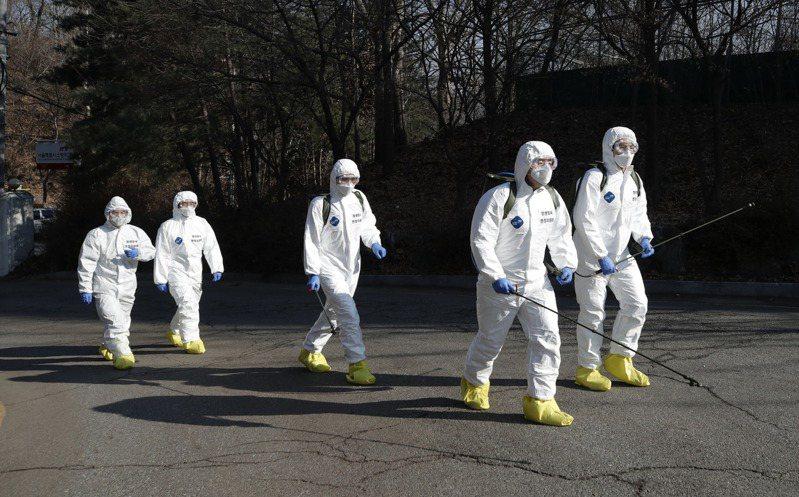 南韓新冠肺炎確診病例及死亡人數日增。 美聯社
