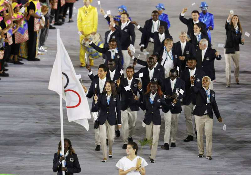 東奧國家隊掌旗手可有一男一女。 美聯社